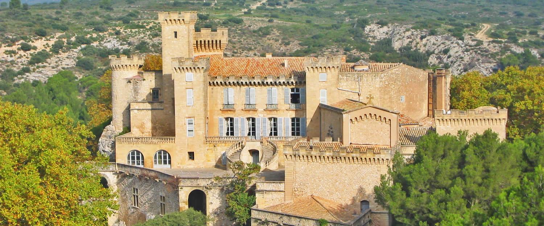 Bed and breakfast chambres d 39 h tes ch teau de la barben avignon et provence - Chateau salon de provence ...