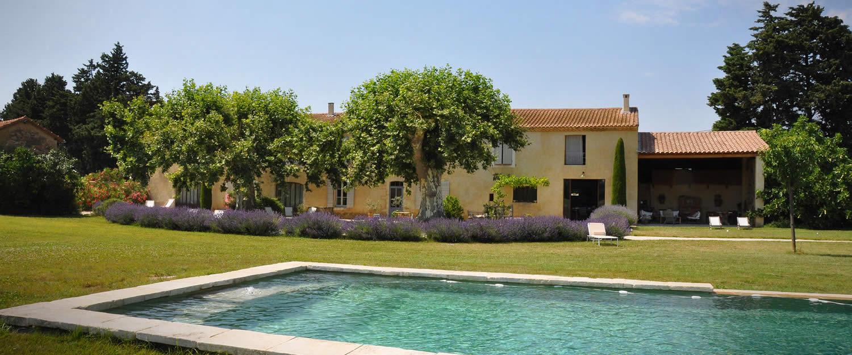 Location de vacances la garance en provence le thor - Chambre d hotes avignon piscine ...