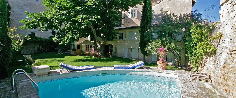 Avignon et provence hebergement tourisme et vacances en - Chambres d hotes avignon et alentours ...