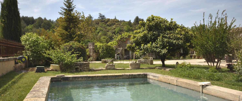 Piscine style bassin ancien caen 32 brightwhite - Petit bassin exterieur saint denis ...