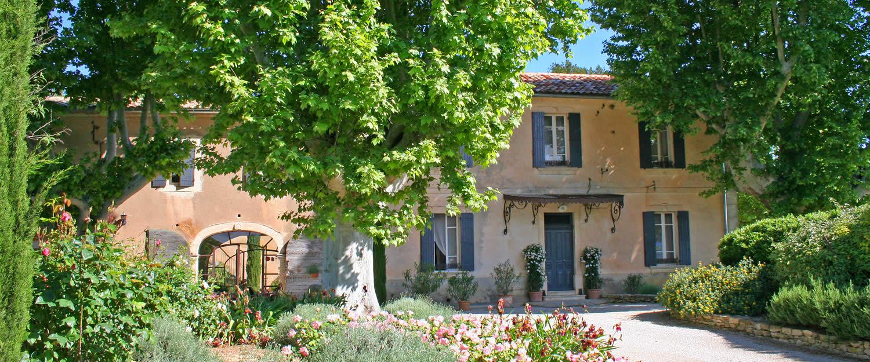 Hotel bastide de voulonne cabri res d 39 avignon luberon avignon et pro - Les bastides provencales ...