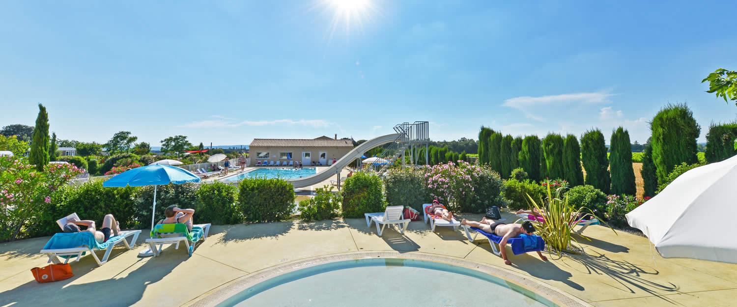Camping le garrigon camping 4 toiles dans le vaucluse for Camping vaucluse piscine
