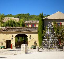 Vacation Rental   Luberon   Maubec. 5 Prestigious Gites Rental With Pool ...