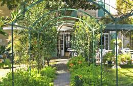Tourisme avignon visitez avignon avignon et provence for Au saint roch hotel et jardin avignon