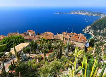 Avignon et provence hebergement tourisme et vacances en for Le mas provencal eze