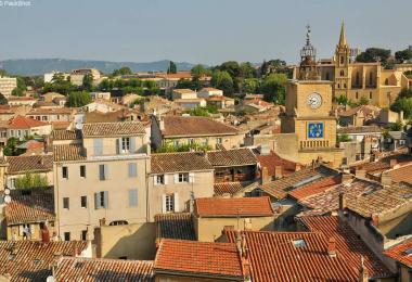 D couvrez le pays d 39 aix en provence avignon et provence - Vivre a salon de provence ...