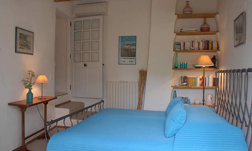 chambre d 39 h tes mas des roses gordes avignon et provence. Black Bedroom Furniture Sets. Home Design Ideas