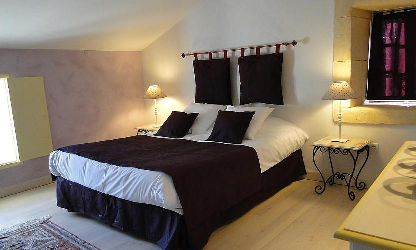 bed and breakfast le mas d 39 orsan orsan avignon et provence. Black Bedroom Furniture Sets. Home Design Ideas