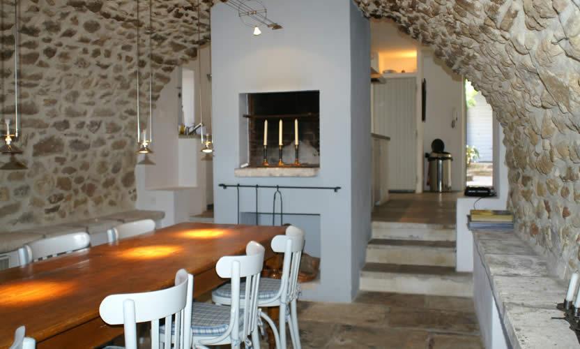Location de vacances le petit miracle opp de le vieux for Salle a manger en pierre