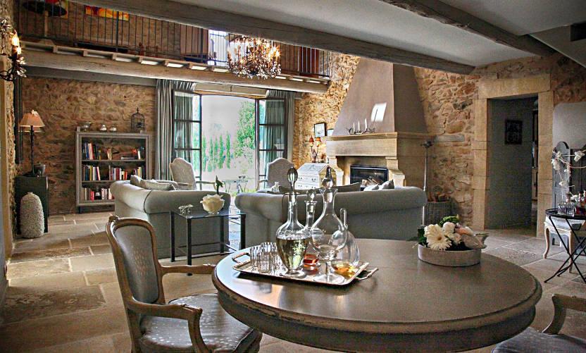 bed and breakfast l 39 atelier du renard argent in mornas avignon et provence. Black Bedroom Furniture Sets. Home Design Ideas