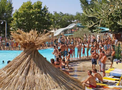 Camping sun lia l 39 hippocampe camping en haute provence for Camping alpes hautes provence avec piscine