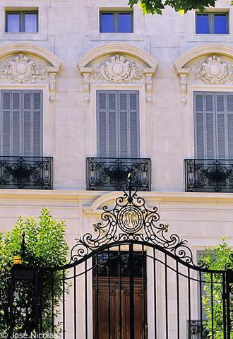 Stunning an frenzy grips salon de provence with salon avignon for Salon avignon
