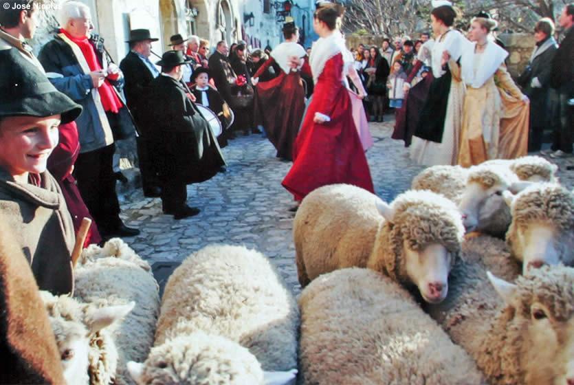noel 2018 baux de provence Christmas in Les Baux de Provence | Avignon et Provence noel 2018 baux de provence