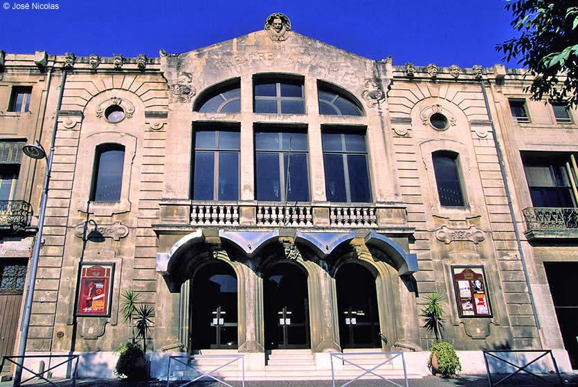 Armand Theatre In Salon De Provence