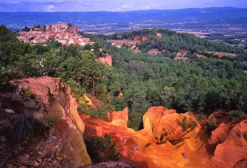 Visitez roussillon 84 photos et carte de roussillon dans le vaucluse avignon et provence - Office de tourisme du vaucluse ...