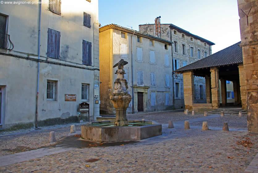 Tourisme pernes les fontaines visitez pernes les - Office du tourisme pernes les fontaines ...