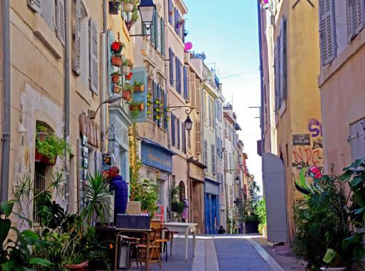 Tourism in marseille visit marseille city of art and for Train salon de provence marseille