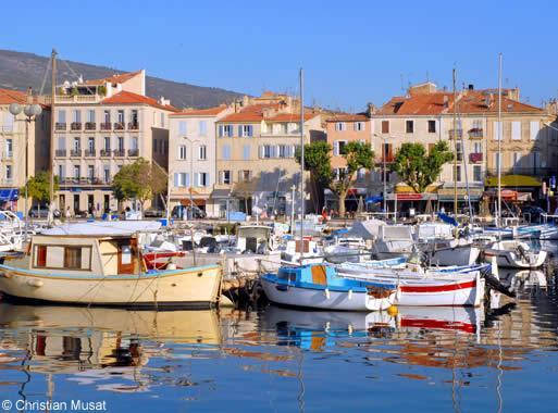 Tourisme la ciotat visitez la ciotat le port de plaisance les plages avignon et provence - Restaurant port la ciotat ...
