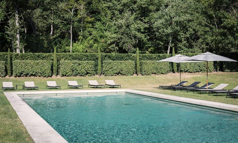 hotel domaine de fontenille lauris au coeur du luberon avignon et provence. Black Bedroom Furniture Sets. Home Design Ideas