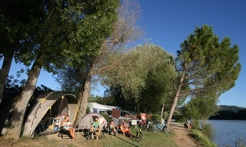 Camping sun lia l 39 hippocampe camping en haute provence - Camping aix en provence avec piscine ...