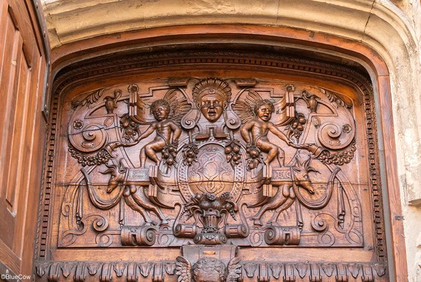 La basilique saint pierre avignon avignon et provence - Porte saint dominique avignon ...