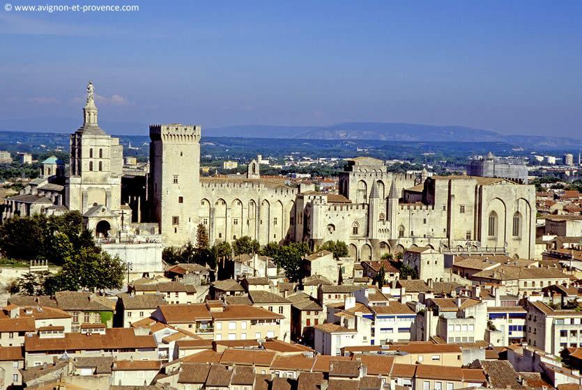 The History Of Avignon Avignon Et Provence