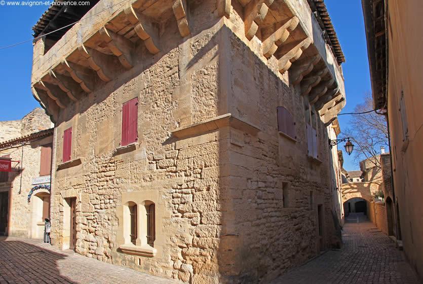 """Résultat de recherche d'images pour """"photos de castillon du gard"""""""